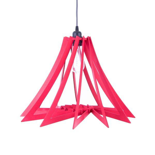 lampa wisząca nad stołem