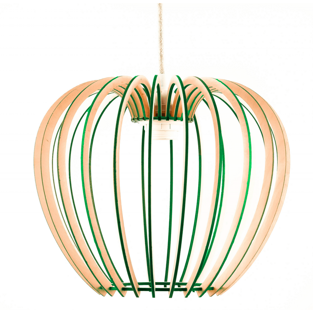 lampa drewniana w stylu skandynawskim