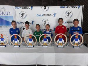 Cięcie laserowe sklejki – medale na turnieju piłkarskim