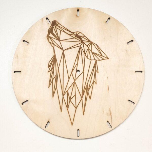 drewniany zegar ze sklejki z geometrycznym wzorem