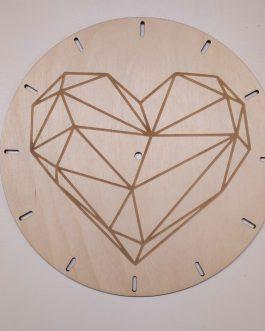 Zegar ścienny drewniany – SERCE – z grawerem